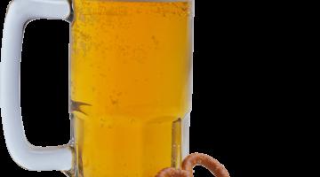 Кружка пива с закуской