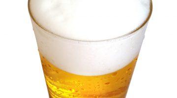 Стакан пива вид сверху