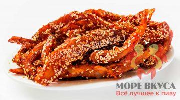 Кальмар филе с перцем и кунжутом