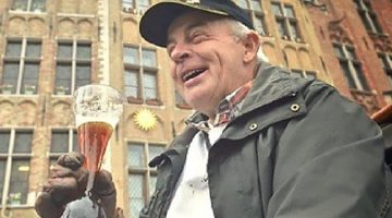Кучер с пивом kwak