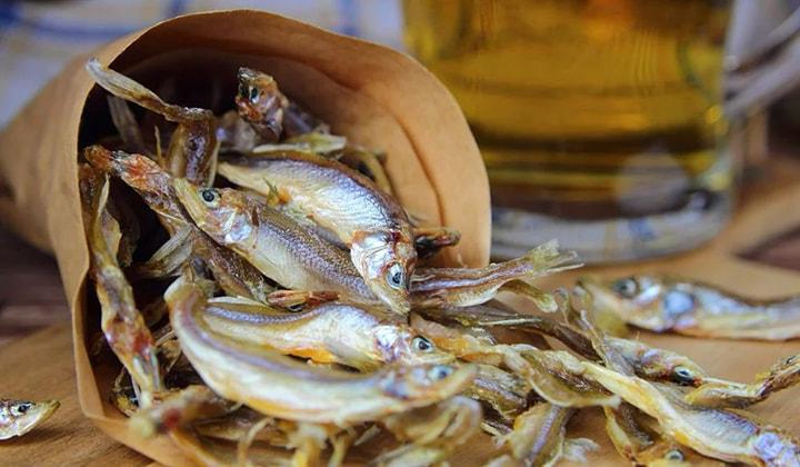 Вяленая рыба с пивом